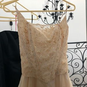 lenovia dresses  golden promdress with lace up corset